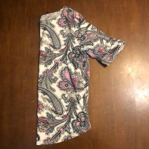 Anne Taylor paisley 3/4 length top